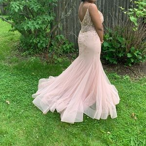 Jovani spaghetti prom dress